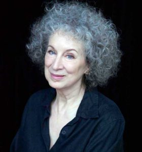 margaret atwood handmades tale book discussion club madrid ciervo blanco